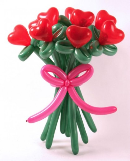 flower-bouquet-balloons-decorations-valentines-day-487x600